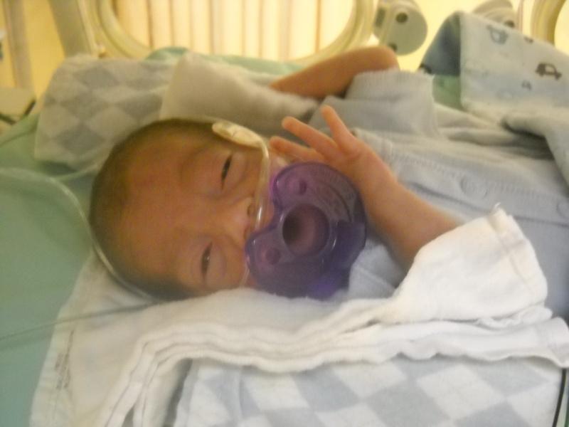 accouhement de bébé espoire mini billy +photo 8juin 2010 a 27semaine et2/7 - Page 2 Dscn2012