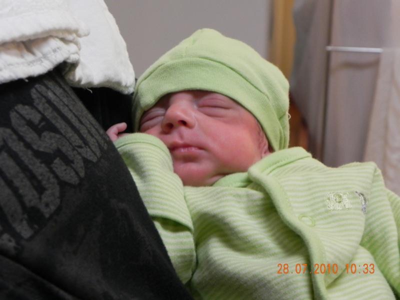 accouhement de bébé espoire mini billy +photo 8juin 2010 a 27semaine et2/7 - Page 2 Dscn2310