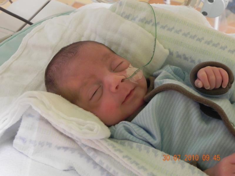 accouhement de bébé espoire mini billy +photo 8juin 2010 a 27semaine et2/7 - Page 2 Dscn2410