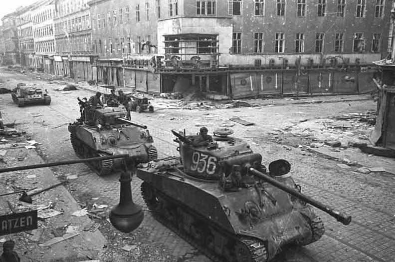 Objectif Vienne 1945   (2012) Berlin29