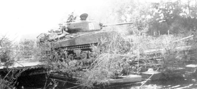 Objectif Vienne 1945   (2012) Sherma43