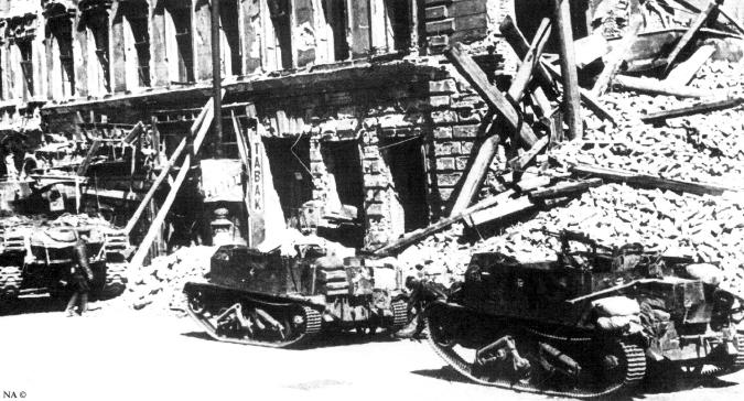 Objectif Vienne 1945   (2012) Sherma44