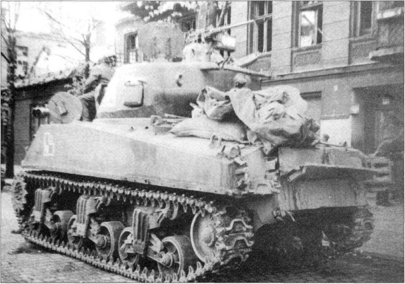 "Sherman M4A2 ""Emcha""   (2012) Sherma58"