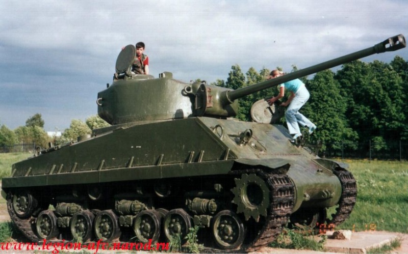 "Sherman M4A2 ""Emcha""   (2012) Sherma65"