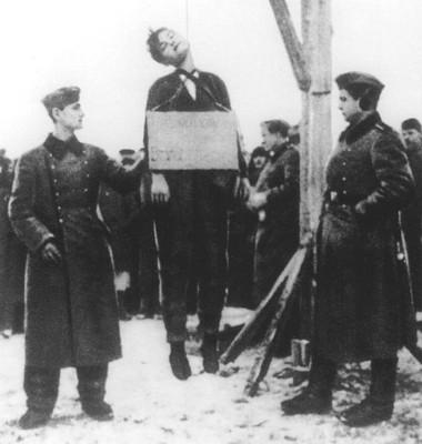Zoya Kosmodemyanskaya,Heroine et martyre russe (2012) Zoya_h10