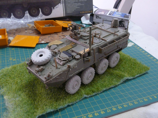 M1130 Stryter Commmand Venicle  1-35 scale - Page 2 P1050016