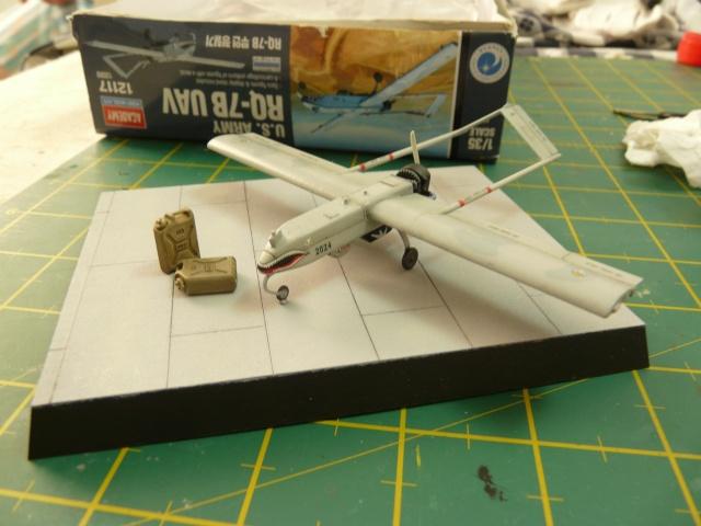 U.S Navy u.c.a.s X-47B    1-72 Platz - Page 2 P1080532