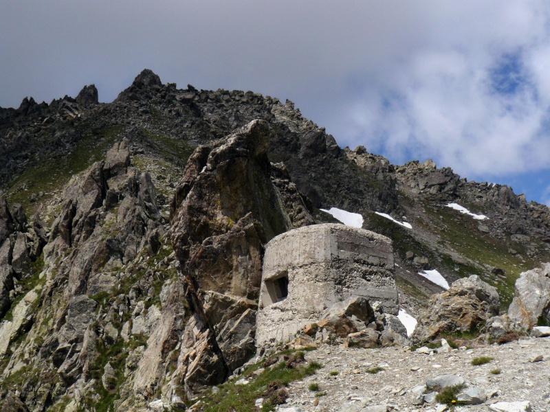 Casemates italienne du Col de Fenestres (06) Col_fe10
