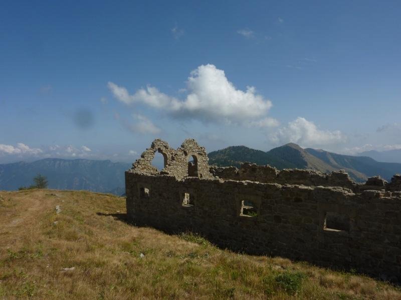 Fort des Mille-Fourches (massif de l'Authion) P1070220