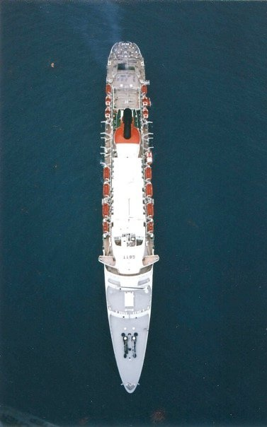 QE2 Exterior Shots ( Full View) 20_bmp10