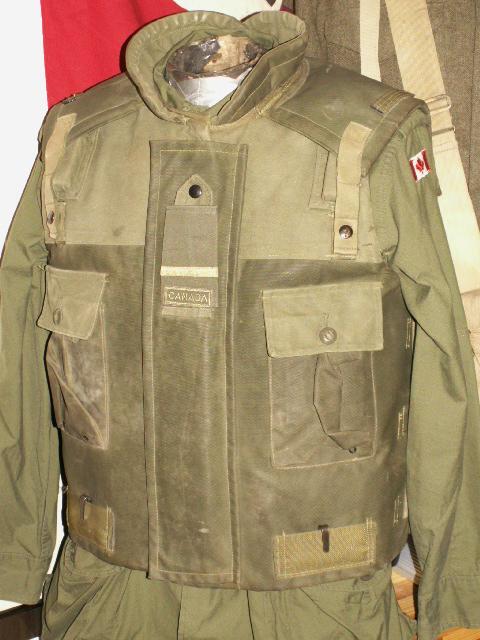 Frag Vest - UN Display Front210