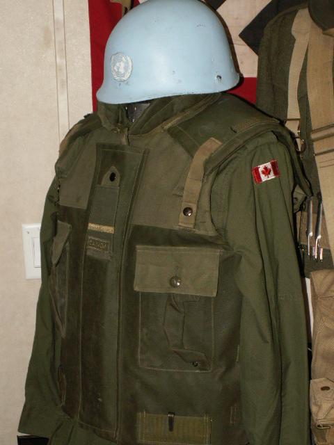 Frag Vest - UN Display Un110