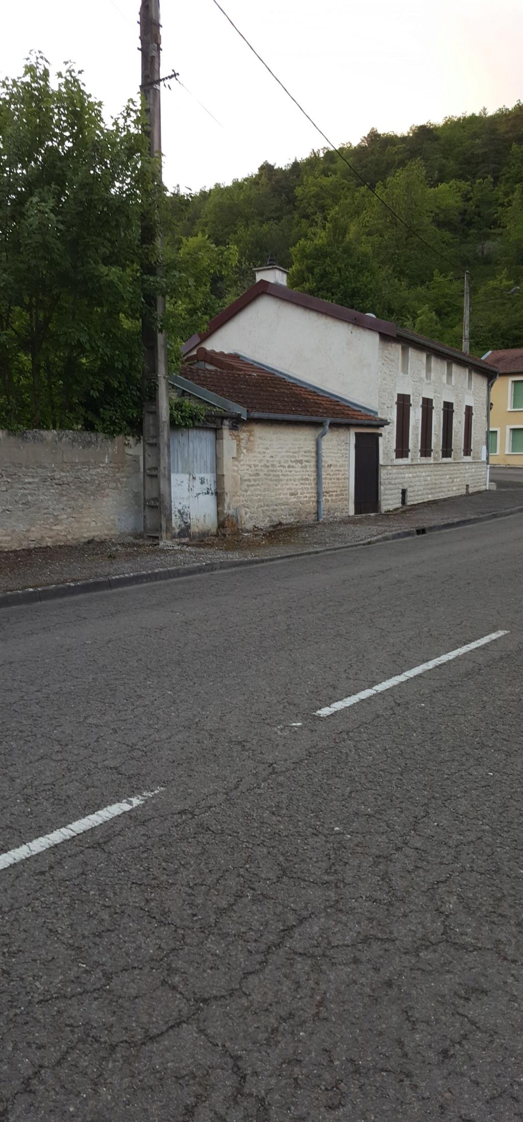 Vignory, petit village haut-marnais 11a10
