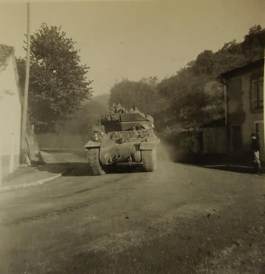 Vignory, petit village haut-marnais 12a10