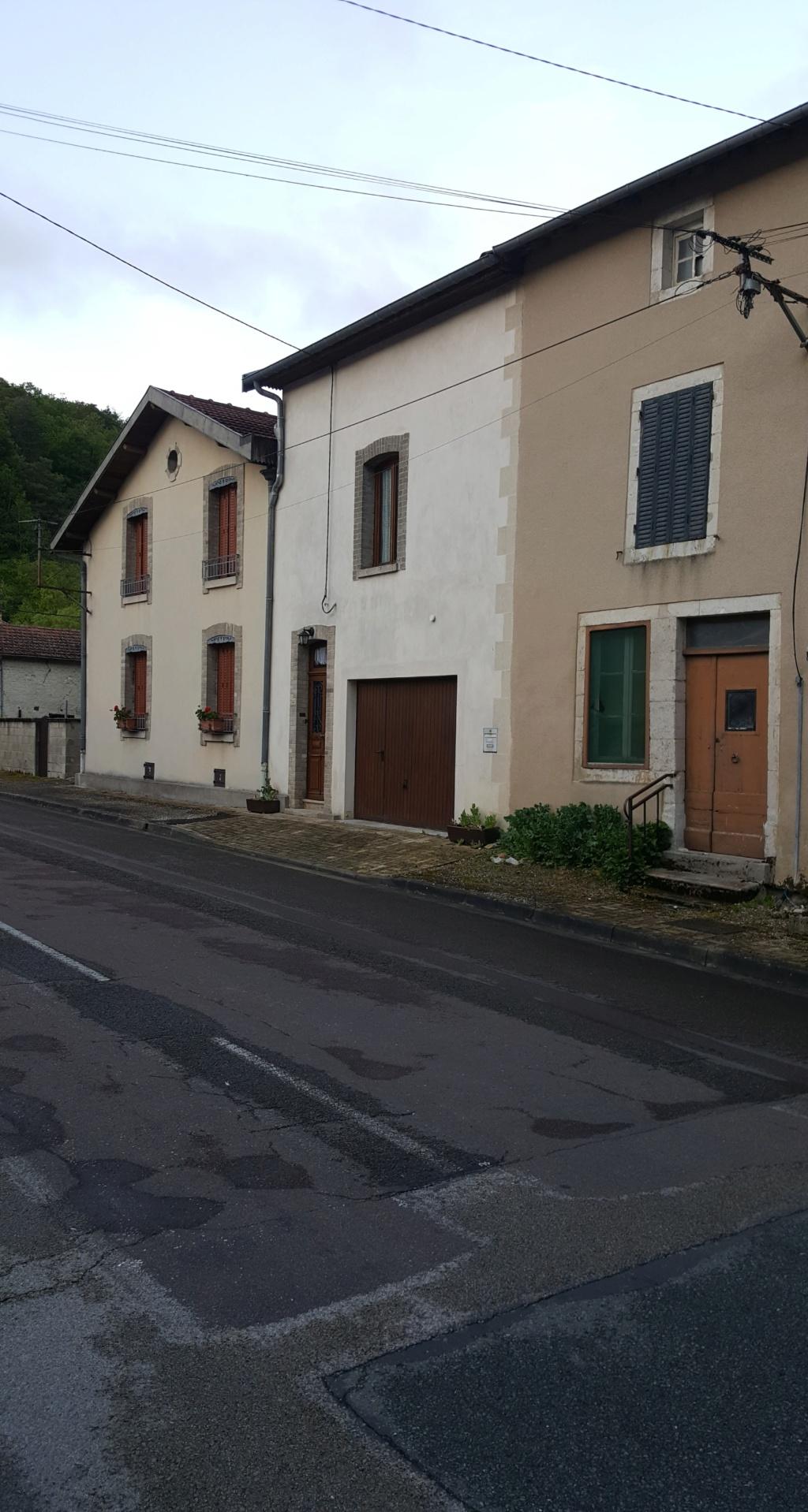 Vignory, petit village haut-marnais 13a10