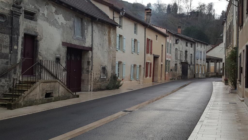 Vignory, petit village haut-marnais 1a10