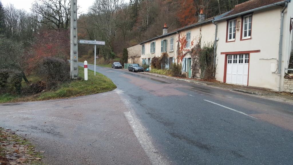 Vignory, petit village haut-marnais 4a10