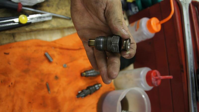 [Tuto] Tarrage/Sur-tarrage des injecteurs pour 405 diesel Dsc09114