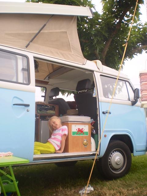 Summer in Daphne Bronwy10