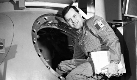 Un cosmonaute privé de 30% de sa retraite 3ria-710
