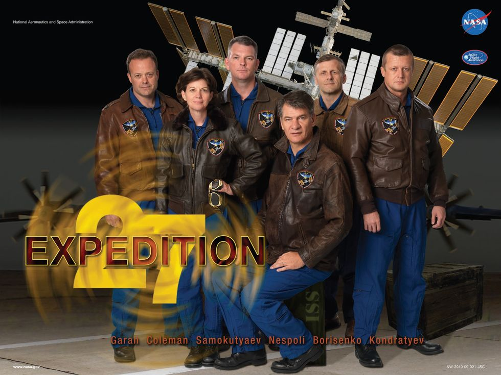 Expedition 27 Iss27_10