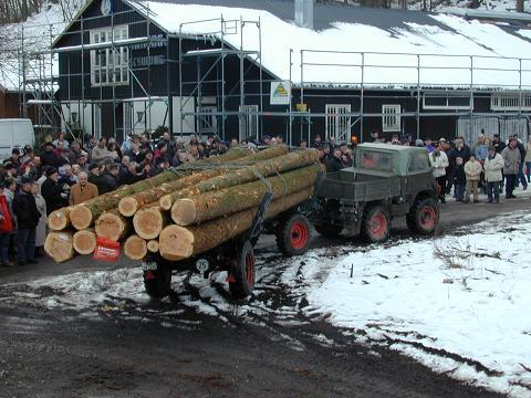 unimog mb-trac wf-trac pour utilisation forestière dans le monde - Page 20 1_spat12