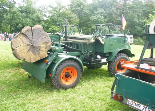 unimog mb-trac wf-trac pour utilisation forestière dans le monde - Page 20 Unimog10