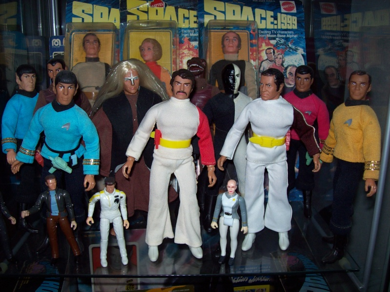 mego space 1999 100_3510