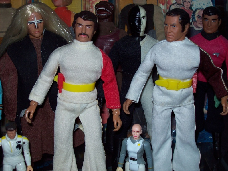 mego space 1999 100_3511