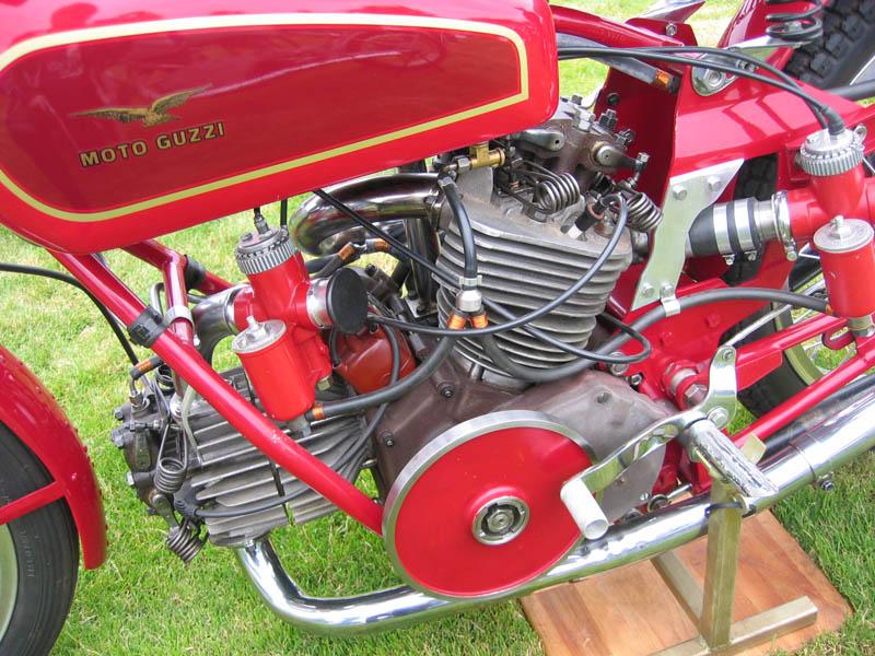 les plus beaux moteurs - Page 4 Img_8719