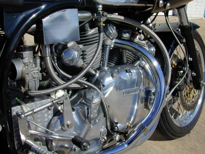 les plus beaux moteurs - Page 3 Vincen10