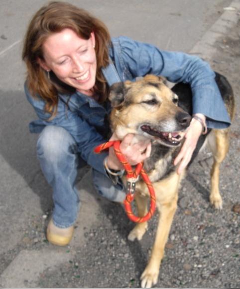 SOS pour une chienne de 11 ans !! propriétaire DECEDE - Page 2 Mel_et12