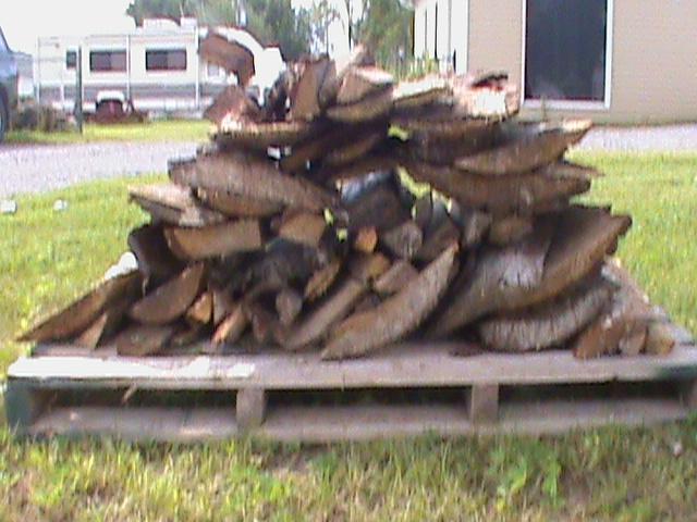 VENDU - Bois de chauffage de camping à vendre - Page 2 00110