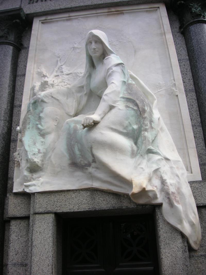 L'art funéraire - Page 2 Pict0011
