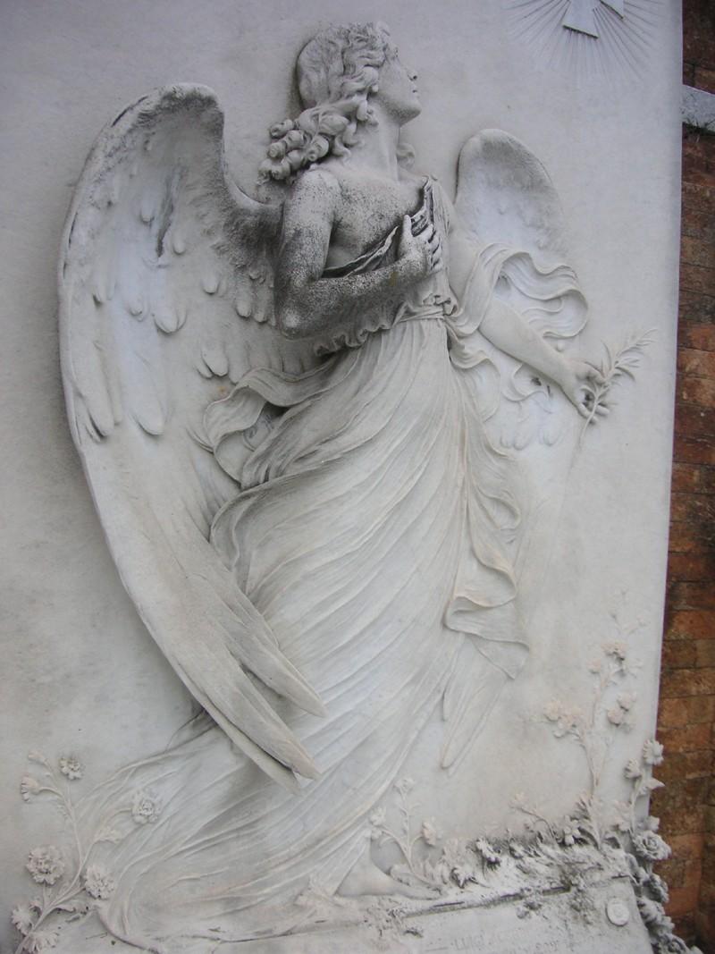 L'art funéraire - Page 2 Servin11