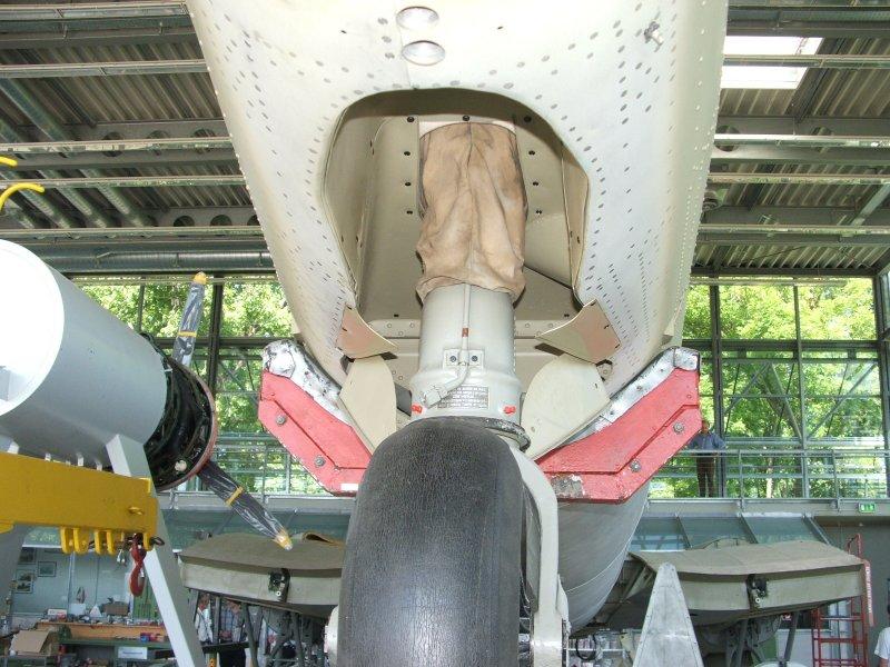 CASA 2.111 B / Heinkel 111 H-16 Dscf1251