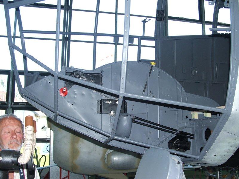 CASA 2.111 B / Heinkel 111 H-16 - Seite 2 Dscf1361