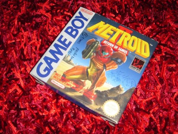 Référencement des jeux/consoles/goodies dédicacés Metrod10