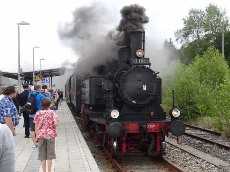 Zwiesel - Bay.-Eisenstein mit BR70 Dsc00010