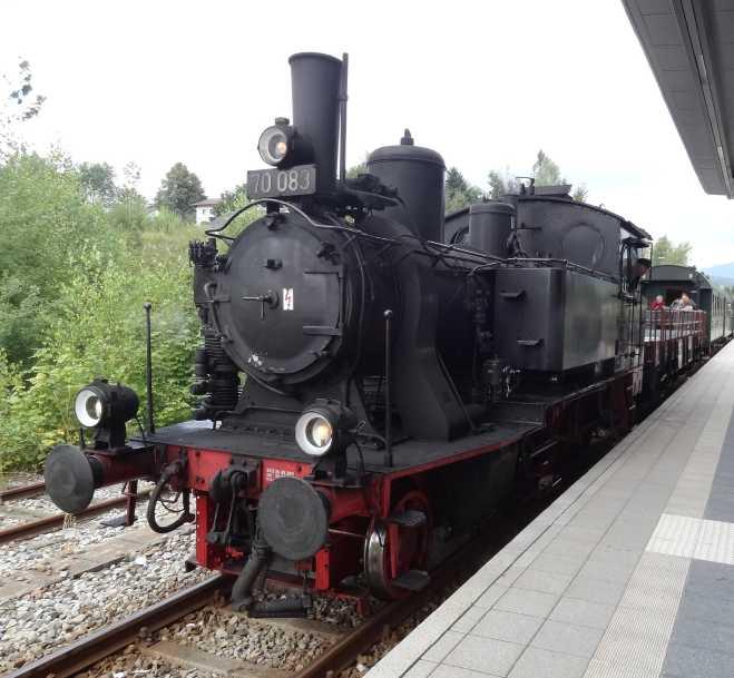 Zwiesel - Bay.-Eisenstein mit BR70 Dsc00018
