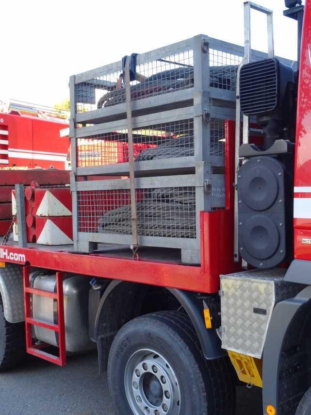 Liebherr 450t Kran im Aufbau Dsc01812
