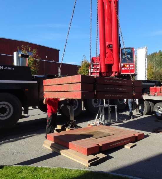 Liebherr 450t Kran im Aufbau Dsc01820