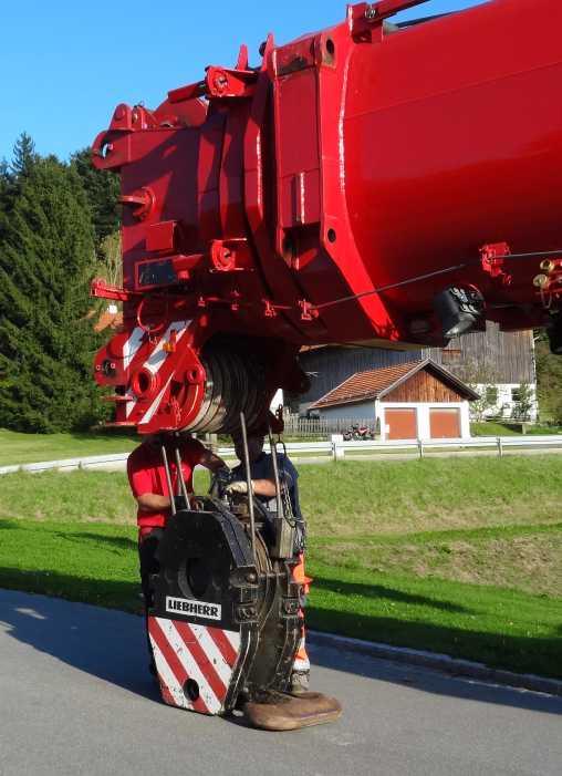 Liebherr 450t Kran im Aufbau Dsc01829