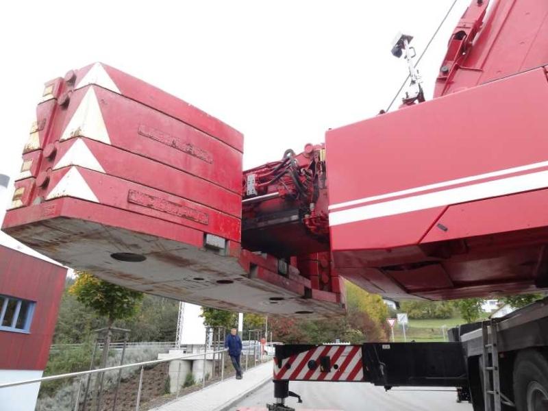 Liebherr 450t Kran im Aufbau Dsc01911
