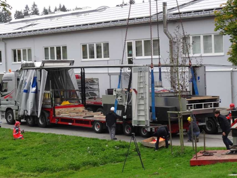 Liebherr 450t Kran im Aufbau Dsc01920