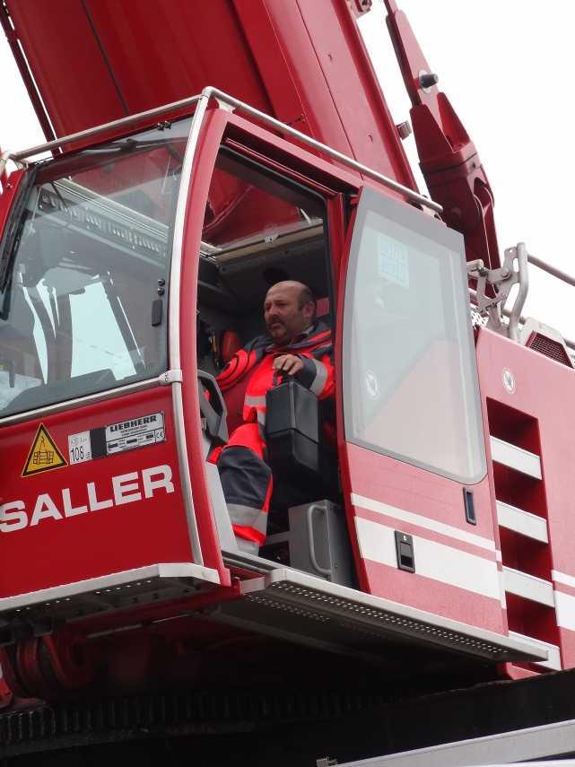 Liebherr 450t Kran im Aufbau Dsc01929