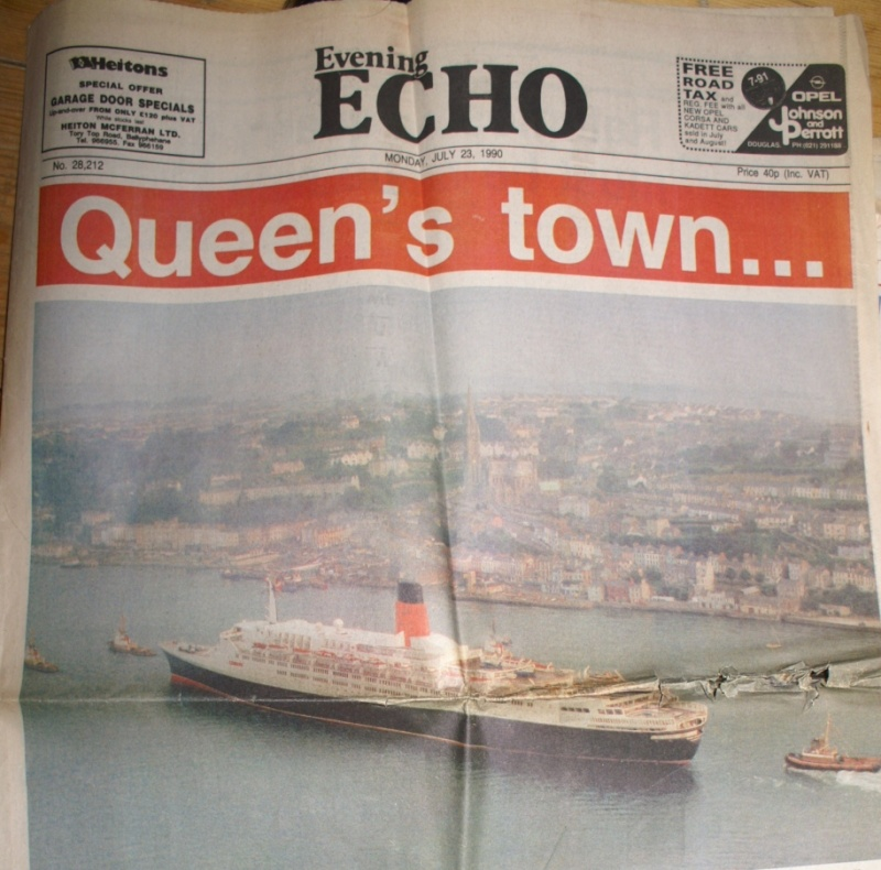 QE2 Books or Newspapers 23079013
