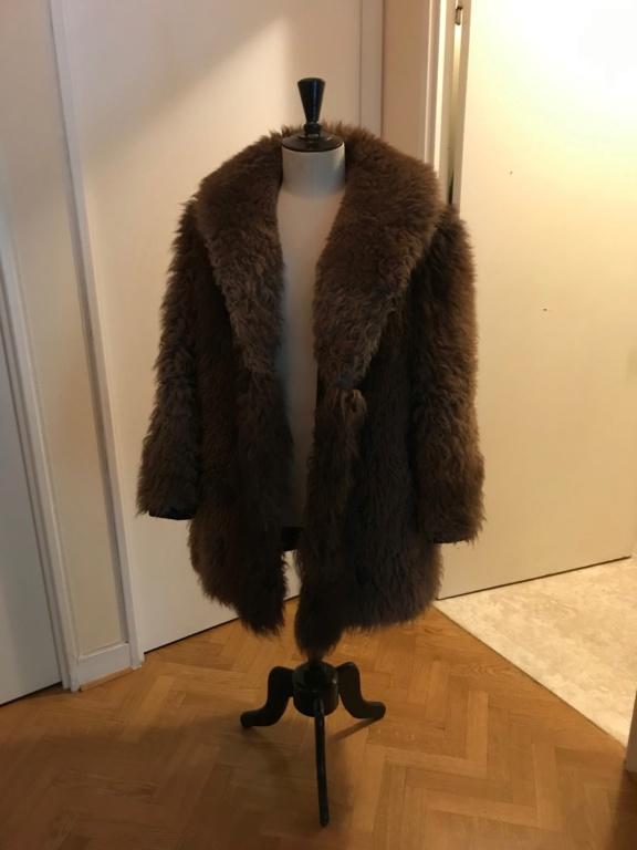 Manteau en fourrure de bison Img_1310