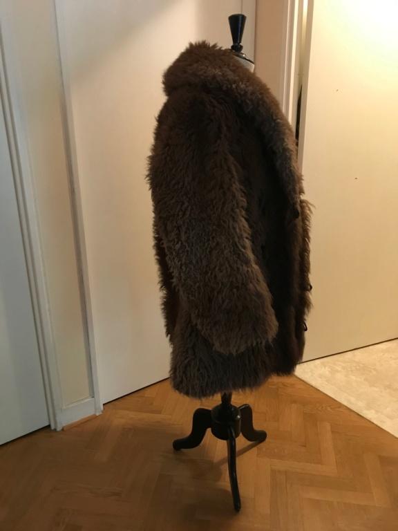 Manteau en fourrure de bison Img_1314