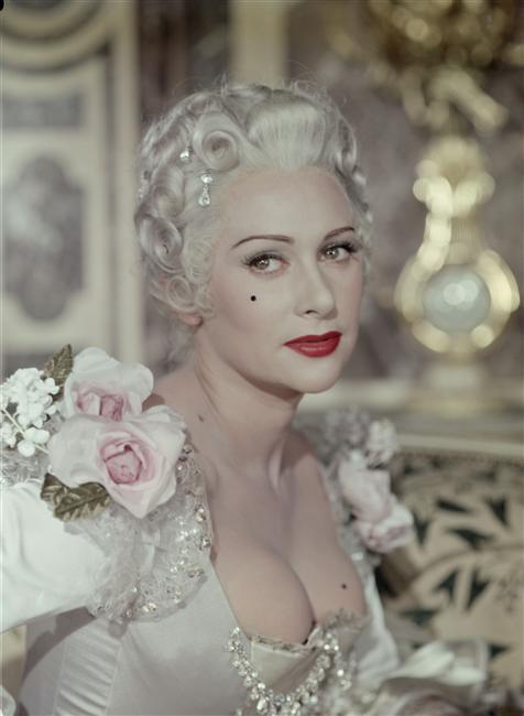 Madame Du Barry au cinéma - Page 3 007-ma10